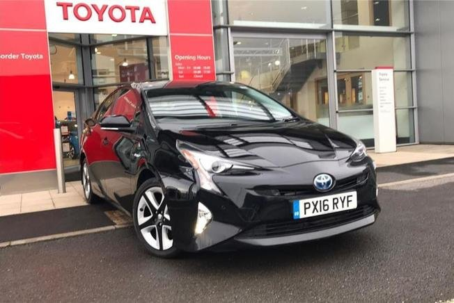 Toyota PRIUS Business Edition Plus 1.8 Hybrid 122BHP 5Dr Automatic