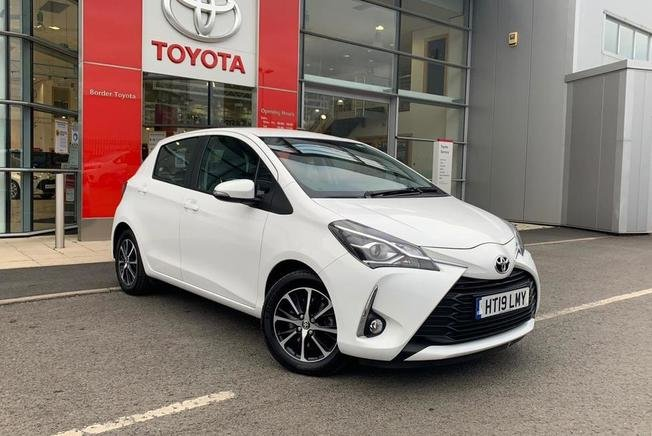 Toyota YARIS Icon Tech 1.5 VVT-I 110 BHP 5Dr Manual
