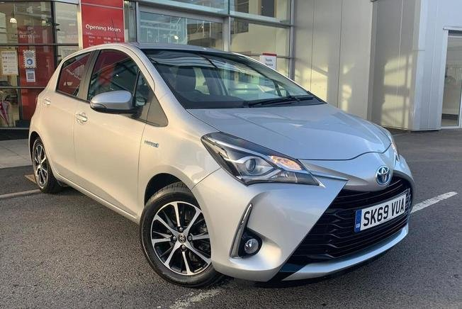 Toyota Yaris Icon Tech Vvt-I Hev